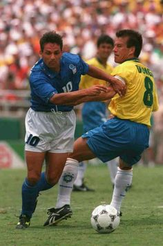 Brazil 0 Italy 0 (3-2 pens) in 1994 in Pasadena. Roberto Baggio takes on Dunga in the World Cup Final.