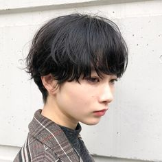 Pin on ショートカット Short Dark Hair, Asian Short Hair, Asian Hair, Short Hair Cuts, Short Hair Styles, Bowl Haircut Women, Androgynous Hair, Dope Hairstyles, Japanese Hairstyle