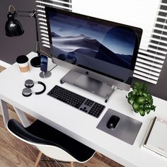 The Satechi Aluminum Bluetooth Keyboard is a perfect solution for your modern setup, featuring scissor-switch keys and an extended key layout. Imac Setup, Imac Desk, Gaming Computer Desk, Computer Backpack, Gaming Setup, Imac Apple, Desk Styling, Home Office Setup, Cozy Office