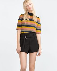 SHORTS WITH BUCKLE