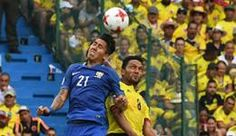 James Rodríguez y Neymar, los protagonistas de la escena 'tierna' del partido | GOL Caracol