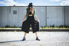 Did I ever think culottes, a bra top, a jacket that zips off into a vest and an embellished hat would work? NEVER...but it's happening today on CCF.