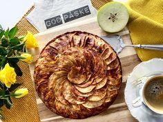 Eplekake – Anine Gutubakken Byles Apple Pie, Desserts, Blog, Tailgate Desserts, Deserts, Postres, Blogging, Dessert, Apple Pie Cake