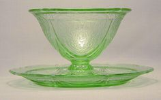 Depression Glass Sherbet and Sherbet Plate - Green Royal Lace ~ another favorite to serve ice cream and puddings in.
