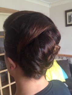 Pearl Earrings, Pearls, Hair Styles, Jewelry, Fashion, Hair Plait Styles, Moda, Pearl Studs, Jewlery