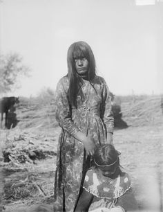 Cocopah woman and daughter - 1900
