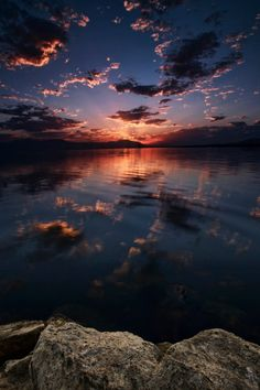 """expressions-of-nature: """"Salton Sea Sunset: Rich Bitonti"""" Aesthetic Pastel Wallpaper, Aesthetic Backgrounds, Aesthetic Wallpapers, Pretty Sky, Beautiful Sky, Beautiful Nature Wallpaper, Beautiful Landscapes, Sunset Wallpaper, Wallpaper Backgrounds"""