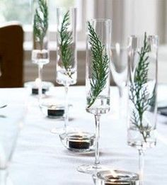 A simple holiday centerpiece