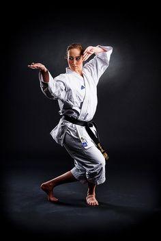 karate – From Parts Unknown Female Martial Artists, Martial Arts Women, Mixed Martial Arts, Kung Fu, Jiu Jitsu, Karate Photos, Karate Picture, Shotokan Karate, Karate Kata