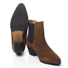 dfbc4a0a0f21 Fairfax   Favor Athena Chelsea Boot. R R Country · Country Clothing Guide