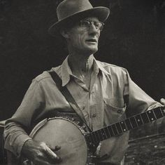 """Roscoe Holcomb (1911-1981) embodied the """"high, lonesome sound"""" of traditional Appalachian songs. A banjo player and singer, he spent most of his life in the small town of Daisy, Kentucky, working for a living with no aspirations to become a star."""