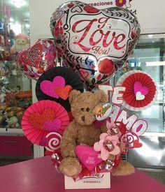 Valentine Gift Baskets, Valentine's Day Gift Baskets, Valentine Gifts For Kids, Birthday Gift Baskets, Valentine Decorations, Valentine Crafts, Ballon Arrangement, Valentine Flower Arrangements, Candy Flowers