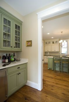 Butler's Pantry, painted cabinets