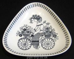 Arabia of Finland Pottery Emilia Bicycle Flower Girl Triangular Dish Inch Mid Century Modern Paint Your Own Pottery, Teapots And Cups, Plate Design, Modern Ceramics, Pottery Studio, Ceramic Painting, Scandinavian Design, Ceramic Pottery, Finland
