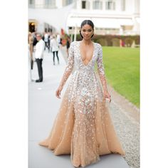 Best Dressed ❤ liked on Polyvore featuring gowns