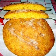 Coca de carabassa, torta de calabaza Fruit Cookies, Flan, Colombian Food, Pan Dulce, Biscuits, Mediterranean Recipes, Cheesecakes, I Foods, Sweet Recipes