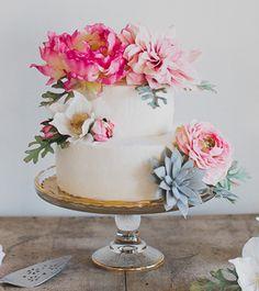 An Intimate Tuscan Wedding Featuring a Hillside Reception Under Sparkling Chandeliers - Green Wedding Shoes Tuscan Wedding, Boho Wedding, Wedding Day, Trendy Wedding, Wedding Blog, Wedding Flowers, Garden Party Wedding, Whimsical Wedding, Autumn Wedding