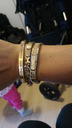 #nominationitaly #composablebracelet #goldbracelet #trendsetter #bellalavita Nomination Charms, Nomination Bracelet, Apple Watch, Wedding Engagement, Wedding Jewelry, Candy, Jewellery, Watches, Bracelets