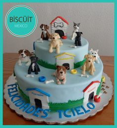 a woman ask me to do a cake with all their pets for her husband… yeah they have 8 dogs and one cat! Elegant Cake Design, Elegant Cakes, Puppy Birthday, Birthday Cake, Fondant Cat, Pug Cake, Boy Birthday Parties, Birthday Ideas, Torte Cake