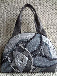 Купить Сумка  Роза в окошке  - 2 . - серый, машинная стежка, пэчворк, подарок, Эксклюзивная сумка