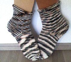 Füßlinge - Zebra -dicke Kuschelsocken.UNIKAT ! - ein Designerstück von Strickparadies-Shop bei DaWanda
