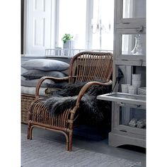 IB Laursen Autumn/Winter 2014 interiors by Torie Jayne Style At Home, Fall Winter, Autumn, Simple Living, Interior Inspiration, Armchair, Villa, House Styles, Furniture