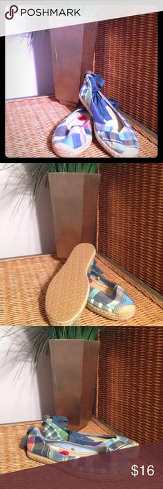 NWT American Eagle Espadrille Lace-Up Flats Sz 6 Adorable!! American Eagle Espadrille Ballet Flats.  Size 6  These green, blue and purple plaid flats are so cute and comfortable!! I loved them so much that I bought two pairs Unfortunately...my husband wasn't too fond of them Come from a clean, smoke free, pet friendly home!  PLEASE Come Back Often!! LOTS of Clothing Items to List...  EVERYTHING MUST GO...If not sold before Sept 2, items will be in a yard sale!  Fast Shipping! Offers Welcome…