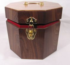 Walnut Fez case Masonic Gifts, Making Out, Solid Wood, Decorative Boxes, Projects To Try, Handmade, Home Decor, Hand Made, Decoration Home