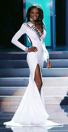 Miss Pageant, Pageant Girls, Pageant Dresses, Girls Dress Up, Little Girl Dresses, Miss Georgia, Georgia Usa, Miss Universe Gowns, School Dance Dresses