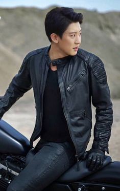 My boyfriend 😊😚 Chanyeol Cute, Exo Chanbaek, Park Chanyeol Exo, Baekhyun Chanyeol, Exo Ot12, Kpop Exo, Kai, Rapper, Xiuchen