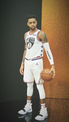 D'Lo Basketball Jones, Basketball Shooting, Basketball Jersey, Nba Players, Basketball Players, Baseball Dugout, Nba League, Nba Live, Nba Memes