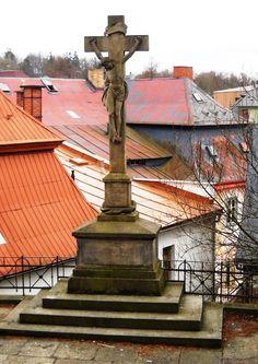 Kříž u kostela - Krásná Lípa - Česko