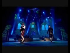 ♫ Scottish Music - I'm Gonna Be Miles) ♫.the hit was originally done by the Proclaimers a couple of Scottish brothers. The Proclaimers, Scottish Music, Take The High Road, 500 Miles, Country Dance, Celtic Music, Still Picture, Celtic Thunder, Music Lessons