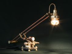 Artist uses scrap to create amazing lamps with an old-world feel - Randommization