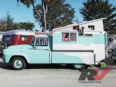 Trailer Tribe Vintage Wonderland 1960 Housecar camper