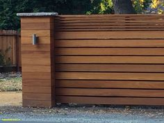 Classy Modern fence utah,Wood fence x design and Wooden fence joints. Modern Wood Fence, Wood Fence Design, Modern Fence Design, Privacy Fence Designs, Front Yard Fence Ideas Curb Appeal, Front Fence, House Fence Design, Fence Landscaping, Backyard Fences