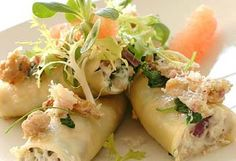Canelloni med kyllingkjøttdeig / Cannelloni with ground chicken Good Food, Yummy Food, Ground Chicken, Fresh Rolls, Italian Recipes, Poultry, Potato Salad, Sushi, Tasty