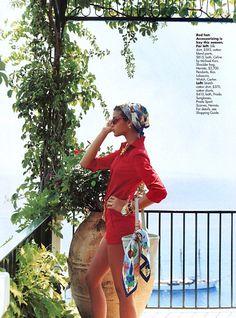 stylist Carlyne Cerf de Dudzeele (photographed by Gilles Bensimon - Elle Us November 2000)