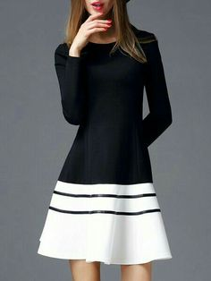 Black to White Long-Sleeved Fit & Flare