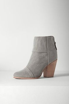Rag & Bone Classic Newbury Grey Bootie on Sale $188 with code Holiday25