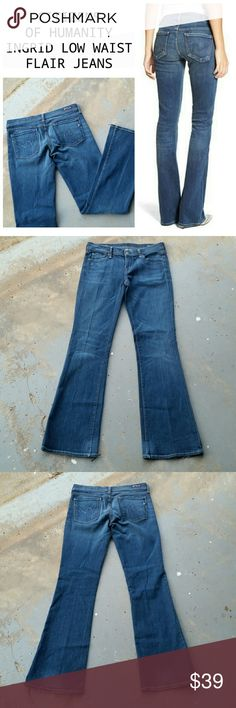 """CITIZENS OF HUMANITY INGRID LOW WAIST FLAIR JEANS Citizens of Humanity Ingrid low waist flair jeans. Made in USA. 9i% cotton. 2% lycra. 29"""" waist.  7.5"""" rise. 34"""" inseam. 10"""" ankle opening. Citizens of Humanity Jeans Flare & Wide Leg"""