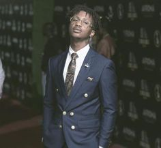 "IN SOUTH AFRICA: Emtee speaks of his struggle out of poverty – ""I am a business man"" [9HS GIST]"