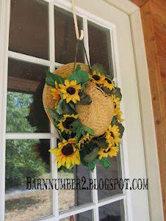 Summer wreath idea. @Carolyn Rafaelian Rafaelian Rafaelian Sexton I thought of you when I seen this!
