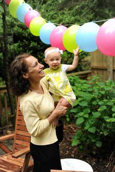 clara mom balloons Balloon garlands  so easy its crazy