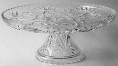 Prescut Clear Footed Cake Plate by Anchor Hocking Vintage Cake Plates, Vintage Glassware, Vintage Dishes, Anchor Hocking Glassware, Pedestal Cake Stand, Cake Stands, Crystal Glassware, Star Of David, Cut Glass