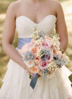 bouquet mariée, mariage, wedding, bride, flowers, fleurs, rose pink, gris grey