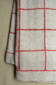 Whit's Knits: Lines + Squares Baby Blanket - Knitting Crochet Sewing Crafts Patterns and Ideas! - the purl bee [tricot] Purl Bee, Free Knitting, Baby Knitting, Knitting Patterns, Cute Blankets, Knitted Blankets, Baby Blankets, Manta Crochet, Knit Crochet