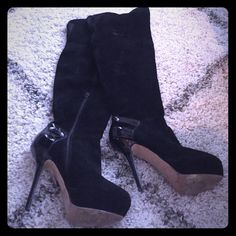 Steve Madden black suede over the knee boots Sexy over the top heels with patent leather heel. Slight damage on right heel (easily replace heel tap - just haven't had a chance to do so) Steve Madden Shoes Over the Knee Boots