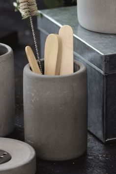Search results for: 'home accessories bathroom accessories concrete toothbrush mug 15192 p'