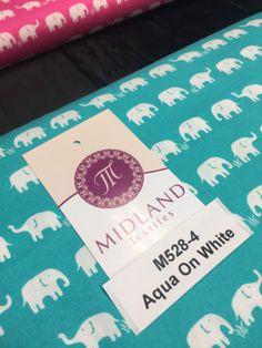Retro-Novelty-Elephant-Herd-Fabric-Print-100-Cotton-44-Wide-M528-Mtex